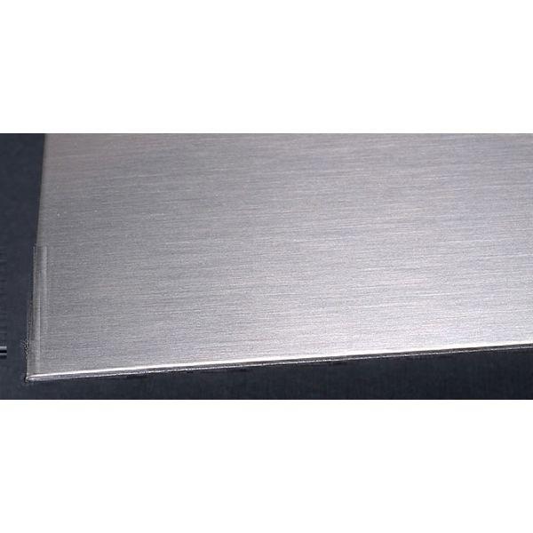 Лист нержавеющий 0.8 мм 1,219х2,5 201 N4+РЕ 0,8 мм AISI 201 N4, N5, 240 grit (шлифованный) AISI 201 2500 мм - Фото №1